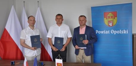 Podpisanie umowy na przebudowę drogi Słotwiny – Zaborze – Niezabitów